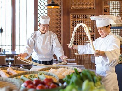 Chinese foodcuisine culture ingredients regional flavors northern china food salty simple less vegetables with wheat as the staple food food using wheat as its main ingredient such as noodles and dumplings forumfinder Images